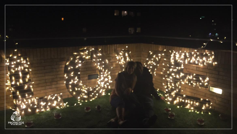 Iluminacion-para-bodas-letreros