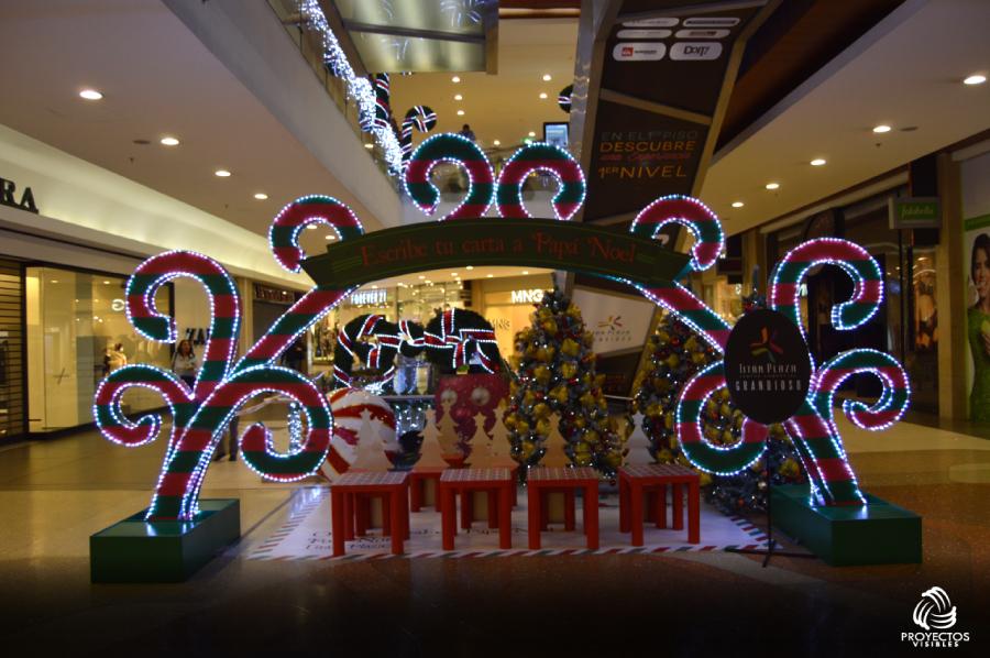 TitanPlaza15-Navidad2015